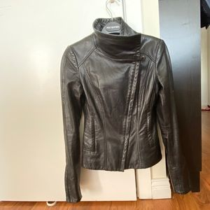 Great condition lamb skin XS Danier leather jacket